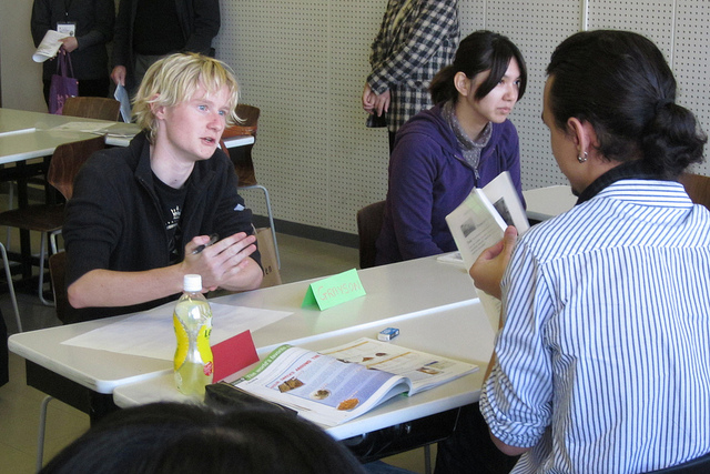 【高校生対象】即興型国際ディベート!外国人学生と楽しくガチ討論!?