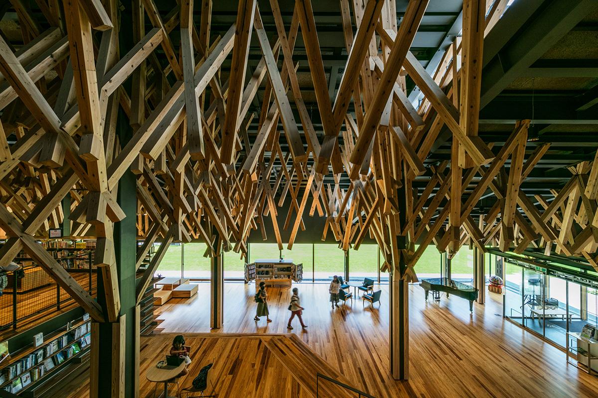 【高校生・大学生対象】建築家・隈研吾が校長を務める高知県立林業大学校主催!森と木造建築を学ぶ、2泊3日のオータムスクール !